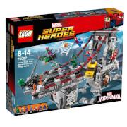 LEGO® Marvel Super Heroes 76057 Spider-Man: Ultimatives Brückenduell der Web War